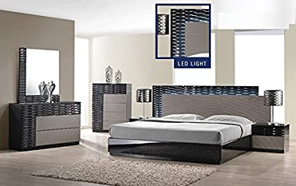 Modern Romania 4 Piece Bedroom Set Queen Size Bed Leather Like Exterior  Mirror Dresser Nightstand Black