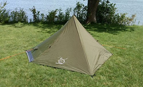 (River Country Products One Person Trekking Pole Tent, Ultralight Backpacking Tent - Green )