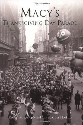 Macy's Thanksgiving Day Parade (NY)   (Images of - Store Macys New York