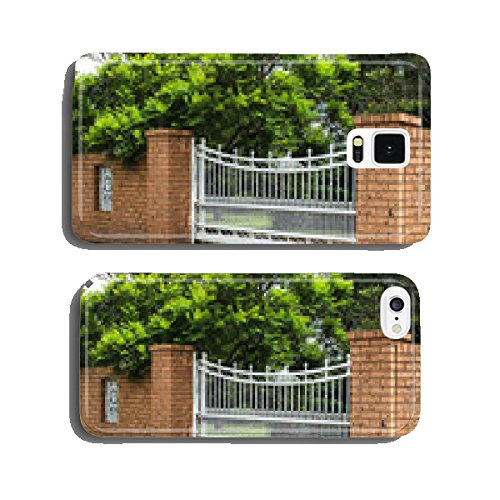 white-wrought-iron-driveway-entrance-gates-in-brick-fence-cell-phone-cover-case-samsung-s5