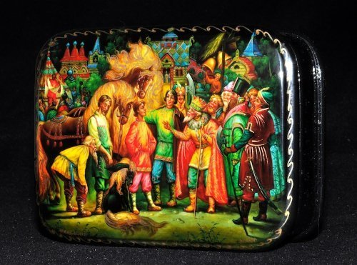 Russian Lacquer Miniatures (Fedoskino Lacquered Miniature Box,