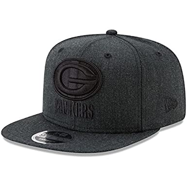 separation shoes a64d8 afedd Amazon.com   New Era NFL Carolina Panthers Total Tone 9Fifty of Snapback Cap,  One Size, Black   Clothing