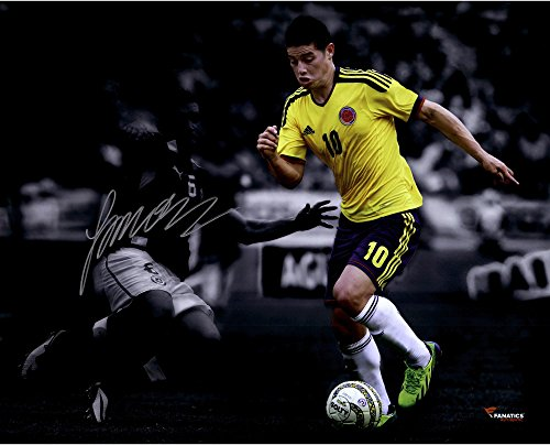(James Rodriguez Colombia Autographed 16