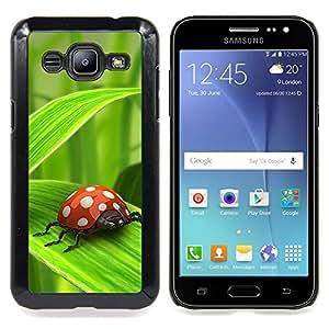 Ladybug Green Leaf Caja protectora de pl??stico duro Dise?¡Àado King Case For Samsung Galaxy J2