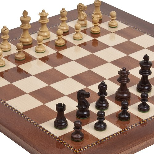 Rosewood Staunton Jr., Chessmen & Chelsea Park Deluxe Mahogany Chess Board from Spain