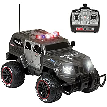 Amazon Com Jada Police Car With Remote Control Toys Games