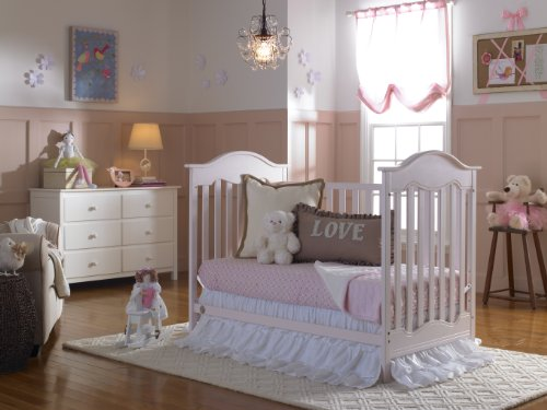 Amazon Com Fisher Price Charlotte 3 In 1 Convertible Crib Blush Baby