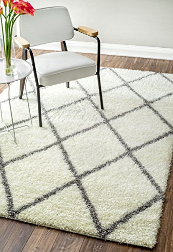 NuLOOM Bobo Shag Collection 5.3-Feet-by-7.6-Feet Trellis Shags Contemporary Machine Made Area Rug, Grey