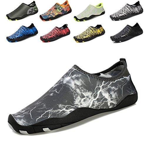 Demetory Unisex Sneldrogend Water Schoenen Lichtgewicht Aqua Sokken Voor Zwemmen, Wandelen, Yoga, Strand, Waterpark 2-donkergrijs