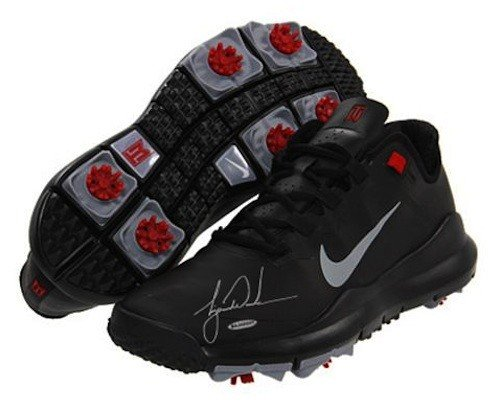 TIGER WOODS Hand Signed Authentic TW 13 Black Shoe ()