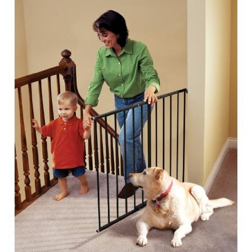 "KidCo Safeway Gate - G2001 - Black - 24.75 to 43.5"" by KidCo"