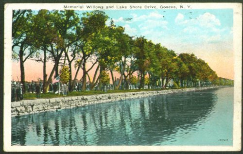 Memorial lWillows Lake Shore Dr Geneva NY postcard 1925