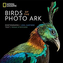 For avian enthusiasts, from armchair observers to dedicated life-listers, this brilliant book from acclaimed National Geographic photographer Joel Sartore celebrates the beauty of all birds, great and small.This elegantly packaged celebration...