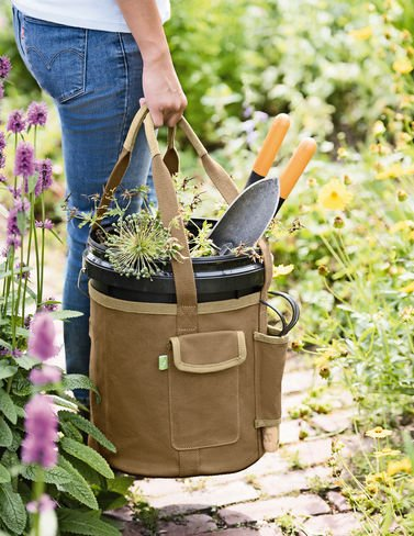 Gardener8217;s Puddle-Proof Bucket Tote