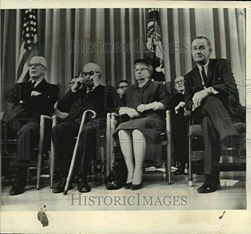 Historic Images - 1966 Vintage Press Photo Harry S. Truman & others, Independence, Missouri,Truman ()