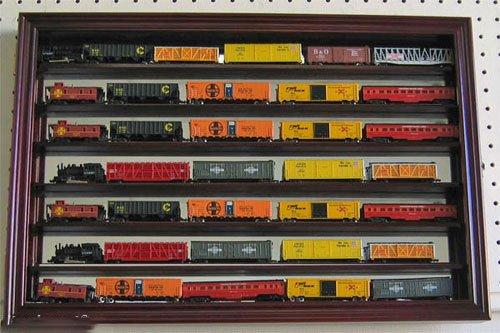 Mahogany Gauge Scale Model Train Display Case Wall Cabinet Mirror Back