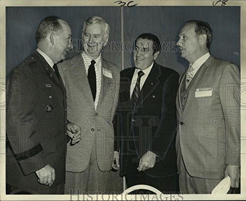 1973 Press Photo Lt  Gen  Frederick J  Clarke  Speaker Water Resources Congress