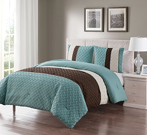 King Size Comforter Set in Aqua Luxe Geometric Pattern 3 Pc Set w/ 2 Shams - FRESH DESIGN: Give your space a pop of pattern with this stylish set, featuring embossed texture and trendy color blocking. COORDINATED LOOK: Includes perfectly paired shams with matching textured pattern. SUPER SOFT: Made of cozy, durable microfiber you'll want to cuddle up to every night. - comforter-sets, bedroom-sheets-comforters, bedroom - 51wLT6MQh%2BL -