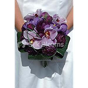 Stunning Bridal Bouquet with Ranunculus, Orchids and Crocus 6