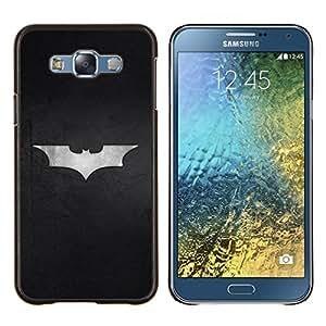 KLONGSHOP // Cubierta de piel con cierre a presión Shell trasero duro de goma Protección Caso - Minimalista Bat Superhero Logo - Samsung Galaxy E7 E700 //