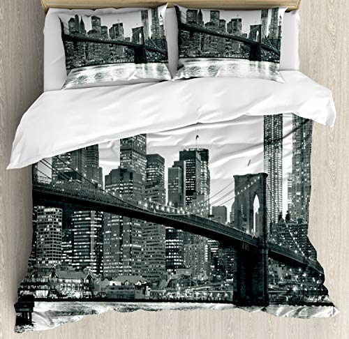 Manhattan Polyester Duvet Cover - Ambesonne Modern Duvet Cover Set King Size, Brooklyn Bridge Sunset with Manhattan American New York City Famous Town Image, Decorative 3 Piece Bedding Set with 2 Pillow Shams, Monochrome