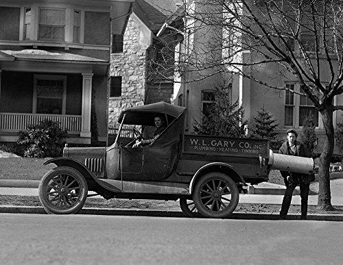 1925-wl-gary-company-plumbing-truck-vintage-photograph-85-x-11-reprint