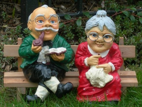 Bild Oma Und Opa Auf Der Bank Hylenmaddawardscom