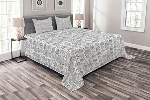 Lunarable Zentangle Bedspread, Greyscale Pattern of Christmas Ornaments Balls with Simplistic Snowflakes, Decorative Quilted 3 Piece Coverlet Set with 2 Pillow Shams, Queen Size, Grey and White