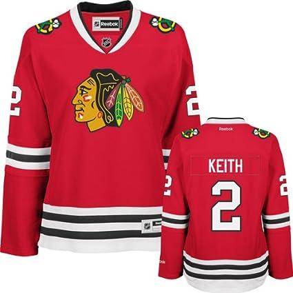 Amazon.com   Duncan Keith Women s Jersey  Reebok  2 Red Chicago ... 659907931b5