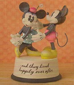 Hallmark Disney DYG9504 Happily Ever After Mickey and Minnie Mouse