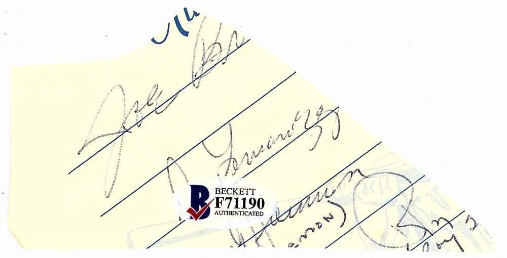 Tom Seaver Signed Autographed 2.5x3.5 Vintage Cut Signature Beckett BAS