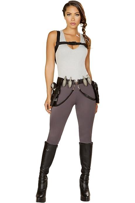Amazon Com Sexy Rampage Tomb Raider Costume With Accessories