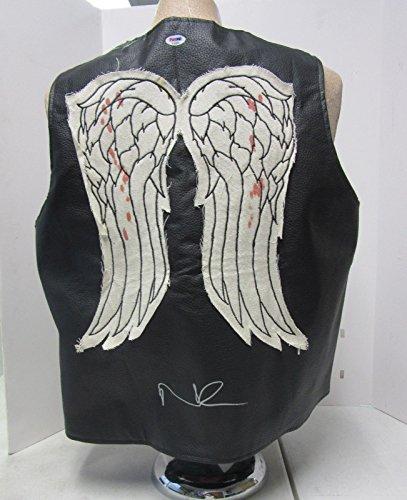 norman-reedus-daryl-dixon-signed-walking-dead-faux-leather-vest-psa-dna-ac65893