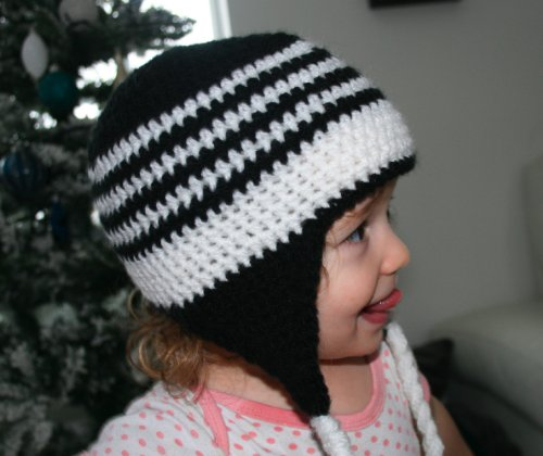 Crochet pattern black and white earflap hat includes 4 sizes from newborn to adult (Crochet hats Book 1)