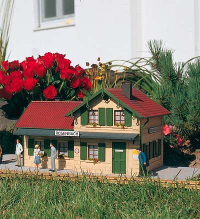 PIKO G Scale Rosenbach Station Kit - Station Train Scale G