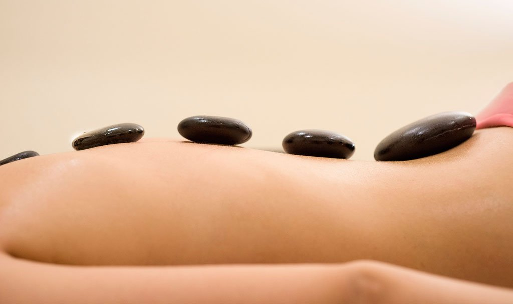 Romonacr Set of 2 Professional Massage Hot Stone Set Natural Lava Heated Stones Basalt Warmer Rock for Spa, Massage Therapy 2.76 x3.54 in(7x9x2cm) by Romonacr (Image #8)