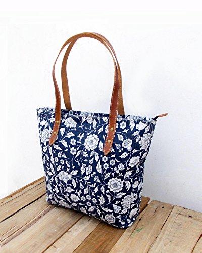 Borsa in cotone, laminato, indaco stampa floreale, Kalamkari, folk, finiture in pelle, chiusura zip, Everyday bag.
