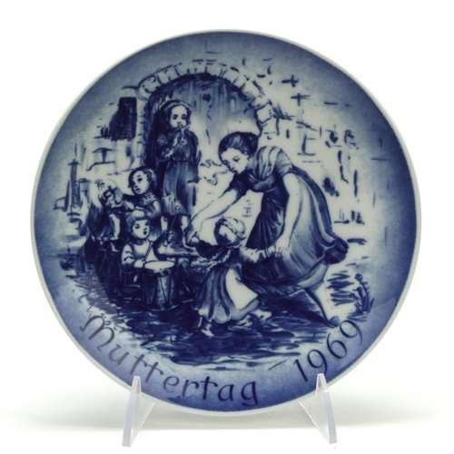 Bareuther Mother's Day by, Porcelain Decorators Plate