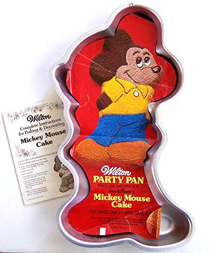 Wilton Mickey Mouse Full Body Bashful with Arms Behind Back Cake Pan (515-1805, 1978) Retired Disney