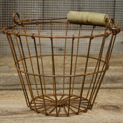 Rusty Metal Wire Egg Basket - Primitive