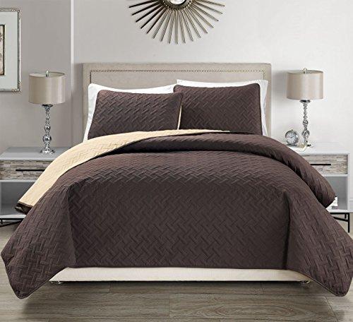 Embossed Coffee Reversible Bedspread/Quilt Set Cal King ()