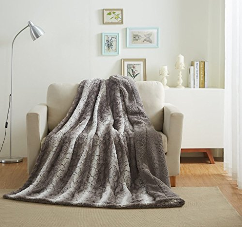 Tache Home Fashion Faux Fur Sherpa Throw Blanket 63x87 Grey Stripe Pattern