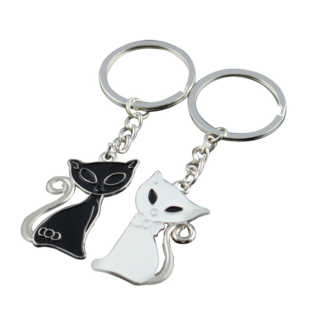 Amazon.com: Zentto One Pair Black & White Kitty Cat Keychain Couple Key Holder Key Ring His and Hers Lovers Set Keyfob for Valentines Gift Love Token: ...