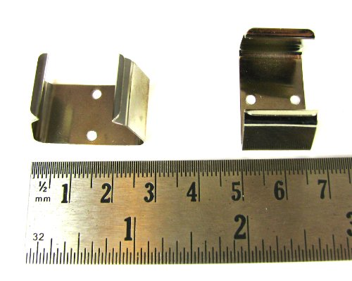 2pc. Metal 9-Volt Battery Clips - http://coolthings.us