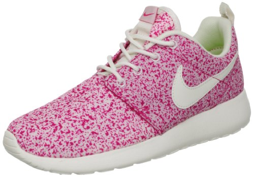 4d32c5824852 Nike Womens Rosherun Sail Pink Force 511882-101 8.5  Amazon.ca  Shoes    Handbags
