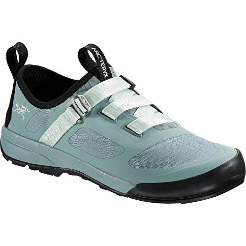 Arc'teryx Women's Arakys Approach Shoe Freezing Fog/Dewdrop 8 B US