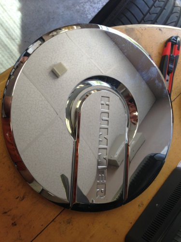 hummer h2 center caps - 4