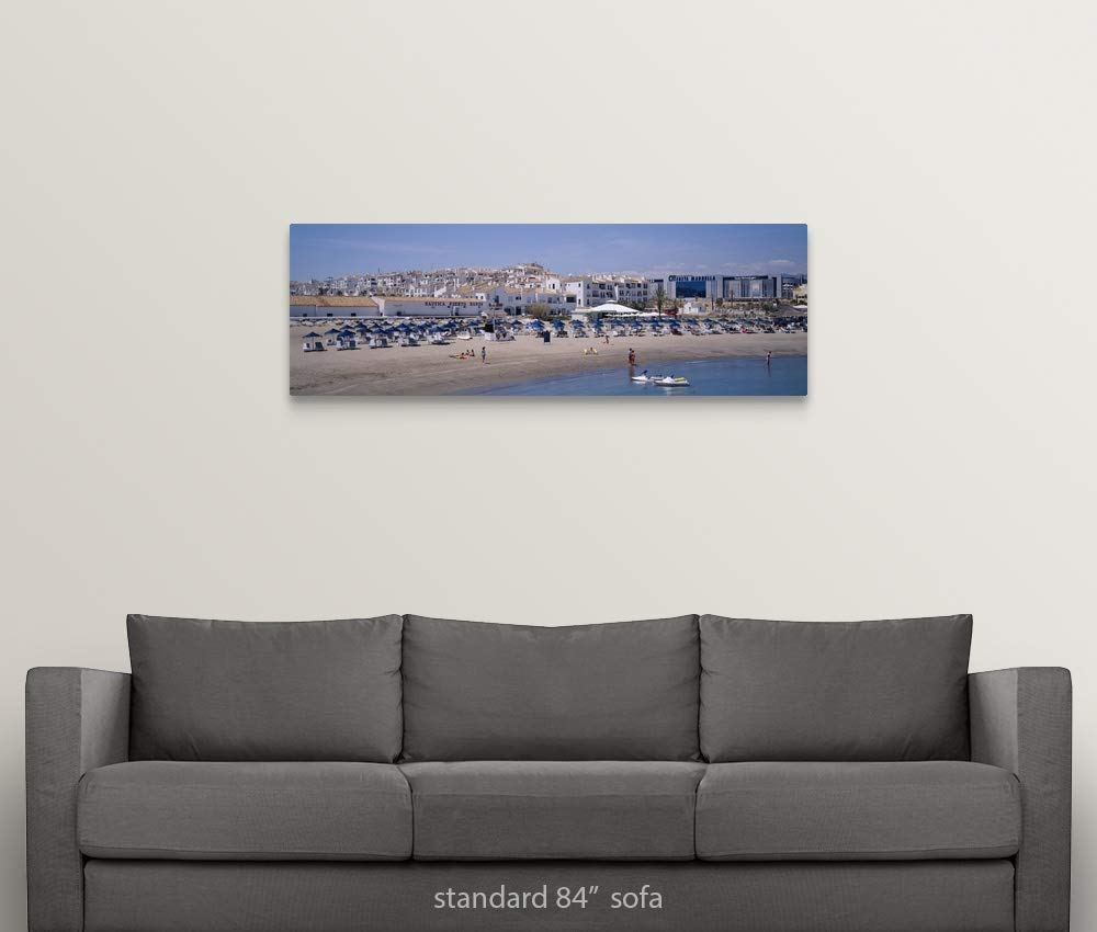 Amazon.com: GREATBIGCANVAS Gallery-Wrapped Canvas Tourists ...