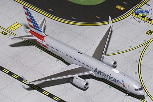 GeminiJets American Airlines B757-200 N203UW 1:400 Scale Diecast Model Airplane