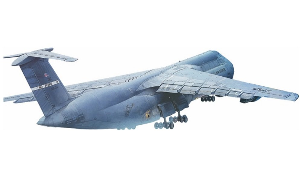 Roden 1/144 US Military Lockheed C-5B Galaxy Strategic Transport Aircraft Plastic Model 014T330 by Roden (Image #1)